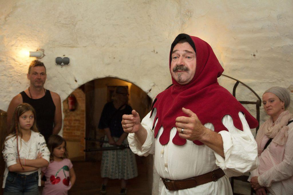 Folterknecht Edmund, Ekkehard der Barde, Burg Rabenstein, Lebendige Burgführung, Fläming