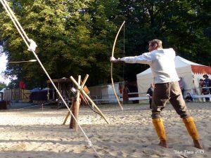 Bogenschießen, Rabensteiner Herst, Burg Rabenstein, Mittelalterfest