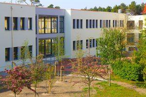Einladung zum Besuchertag zum 25. Johanniter-Trägerschaftsjubiläum des Krankenhauses Treuenbrietzen @ Historischer Innenhof des Krankenhauses | Treuenbrietzen | Brandenburg | Deutschland