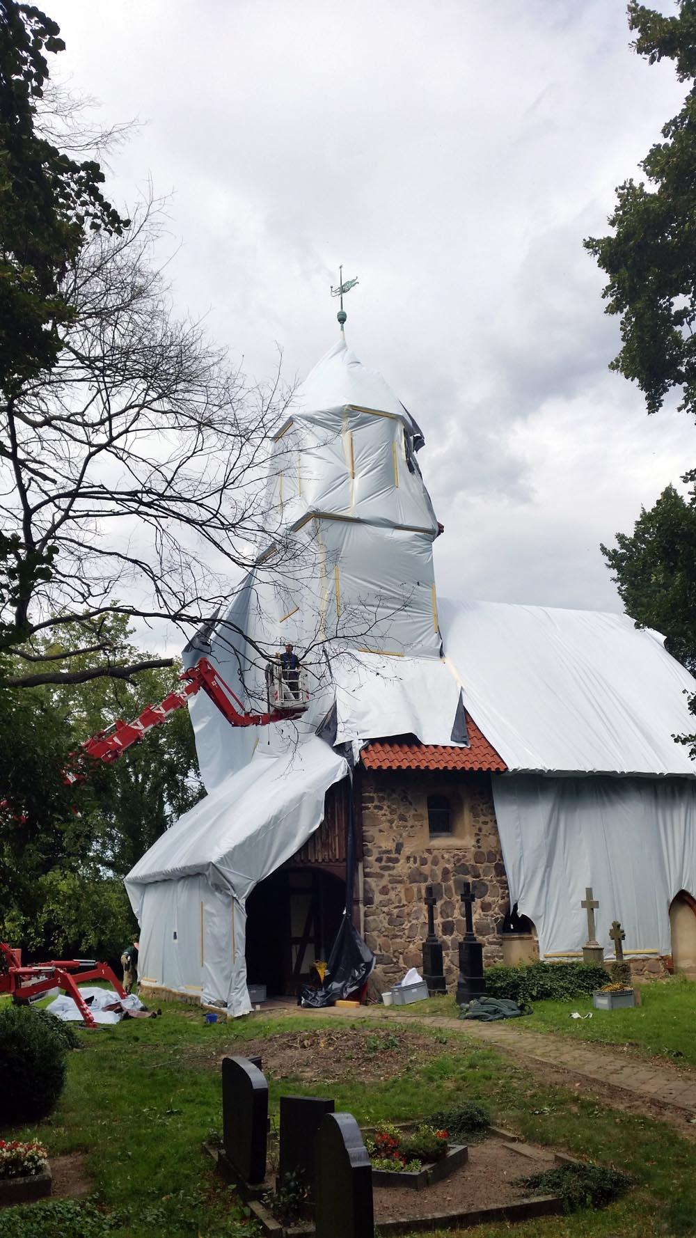 Begasung Kirche Zixdorf 1