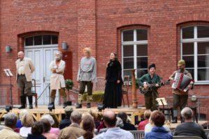 Sommertheater der AG-HIS - Die deutschen Kleinstädter @ Klosterhof im Mönchenkloster   Jüterbog   Brandenburg   Deutschland