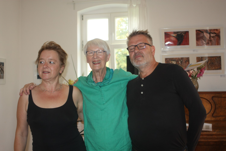 Alma Fichtner, Helga Holz, Carsten Tarrach v.l.