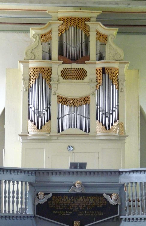 Orgel in der Kirche Wiesenburg
