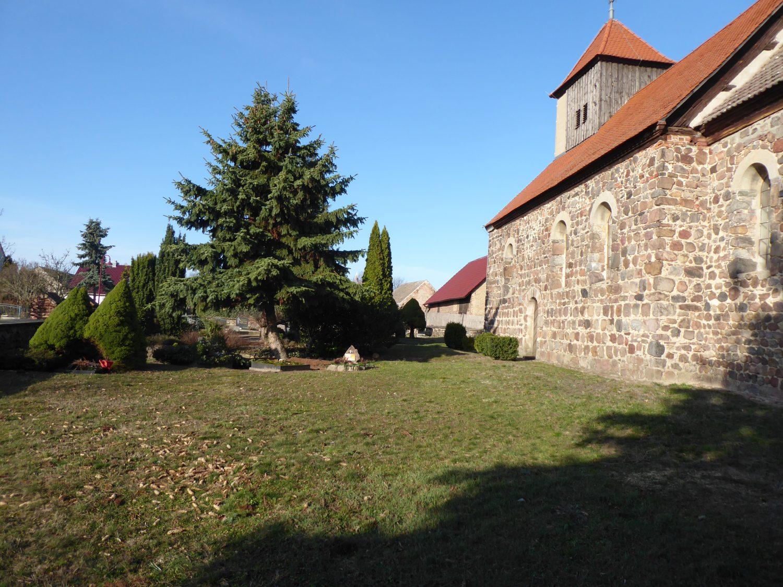 Kirchhof benken