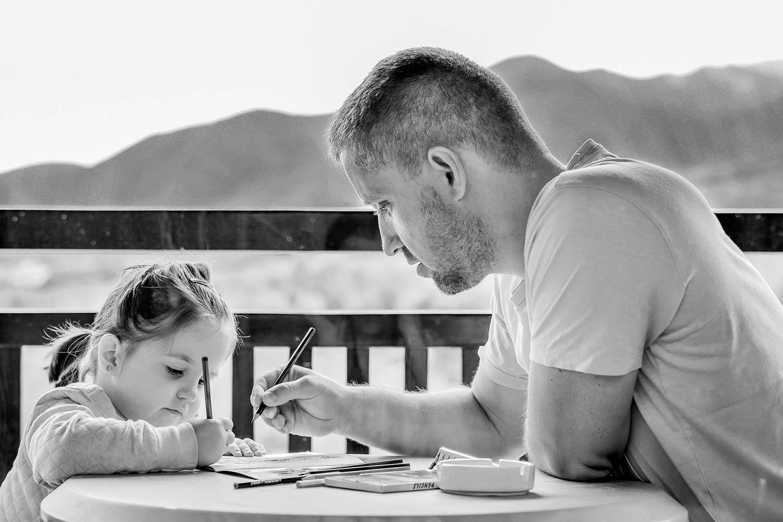 Vater-Tochter-pixabay-ddimitrova