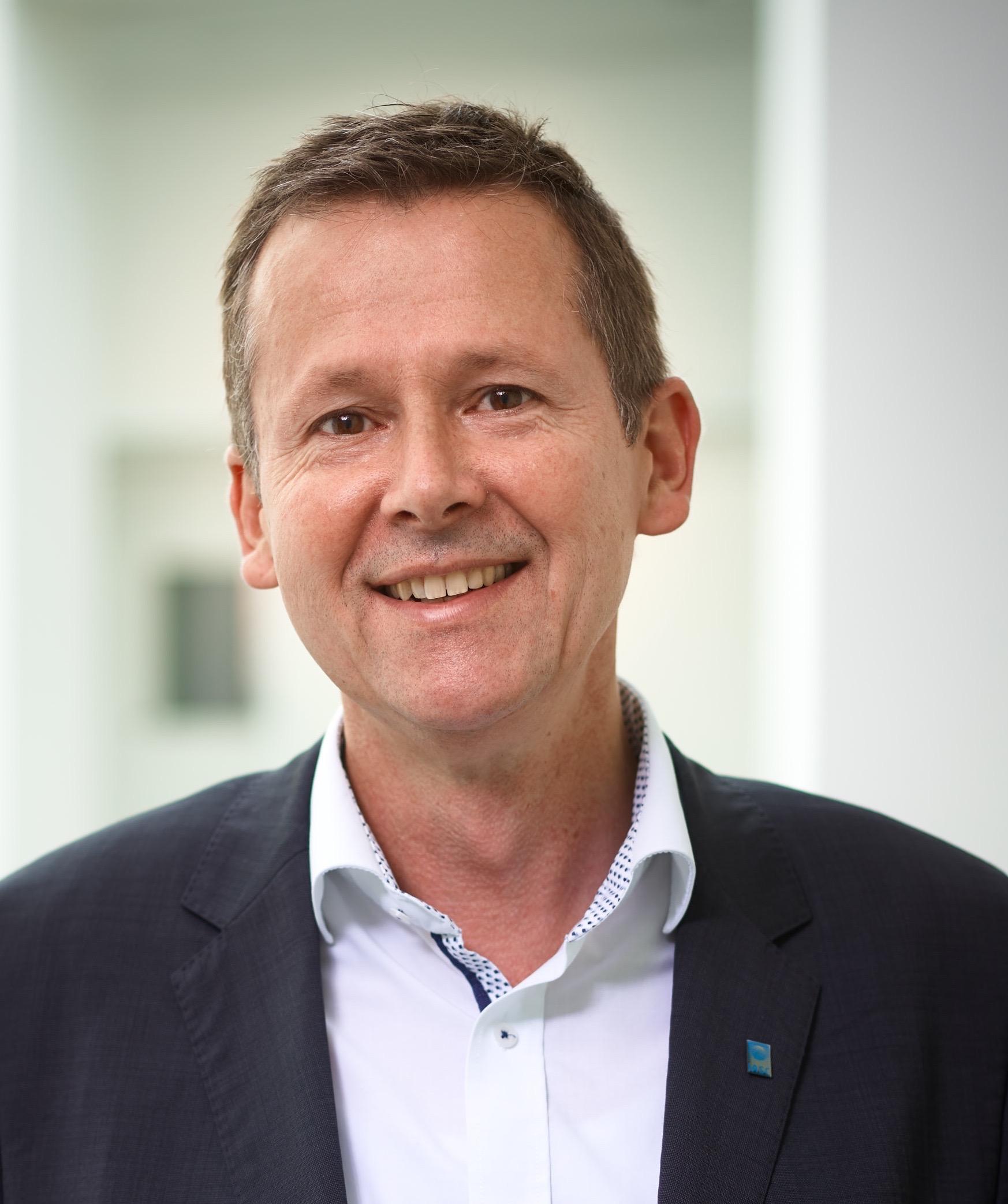 Dr. Volker Rachold