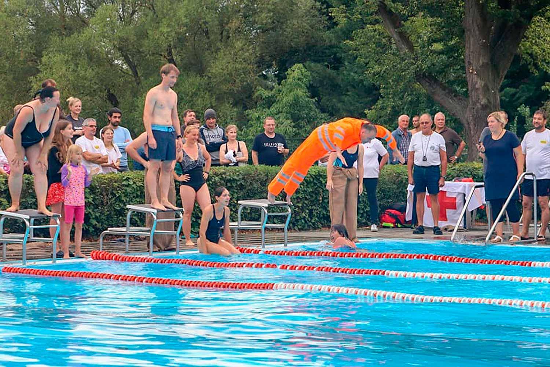 Firmenstaffel, Niemegk, 1. Niemegker Thomas Philipps Firmenschwimmstaffelturnier, Förderverein Badeanstalt Niemegk 1929 e.V.