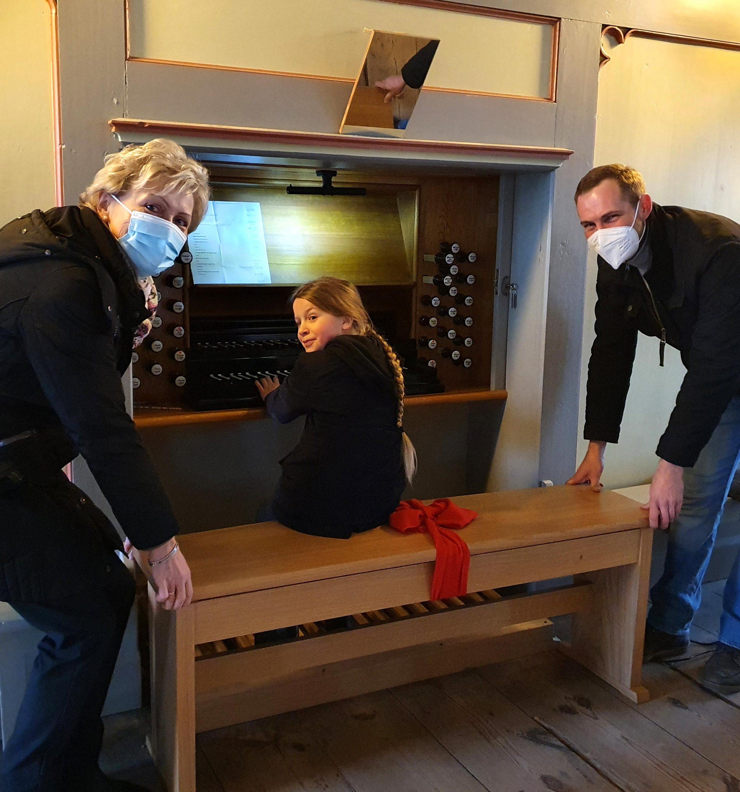 Orgelbank Niemegk-hochkant