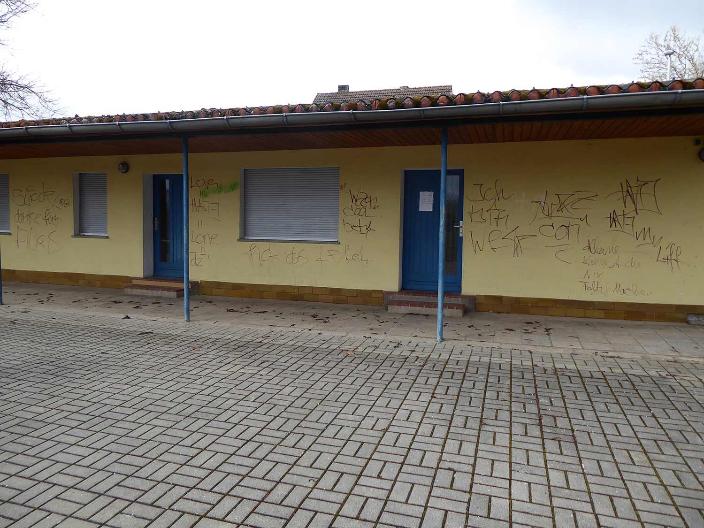 Reetz, Dorfgemeinschaftshaus, Graffitti