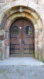 Kirche Reetz, Kirchentor
